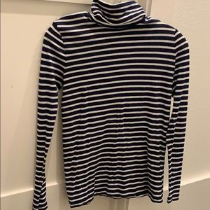 J crew navy and white striped turtleneck t-shirt
